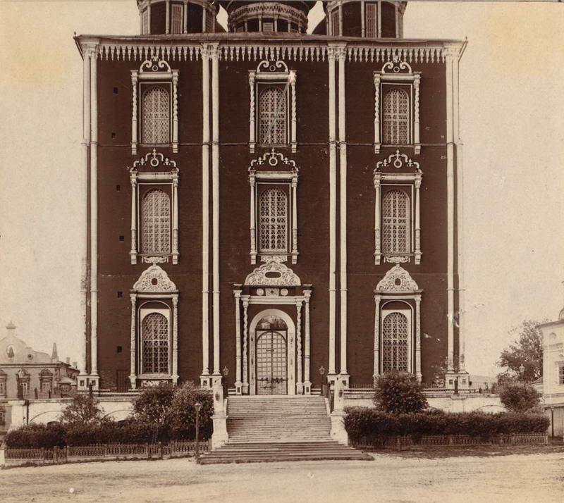 1912 Вход в Успенский собор