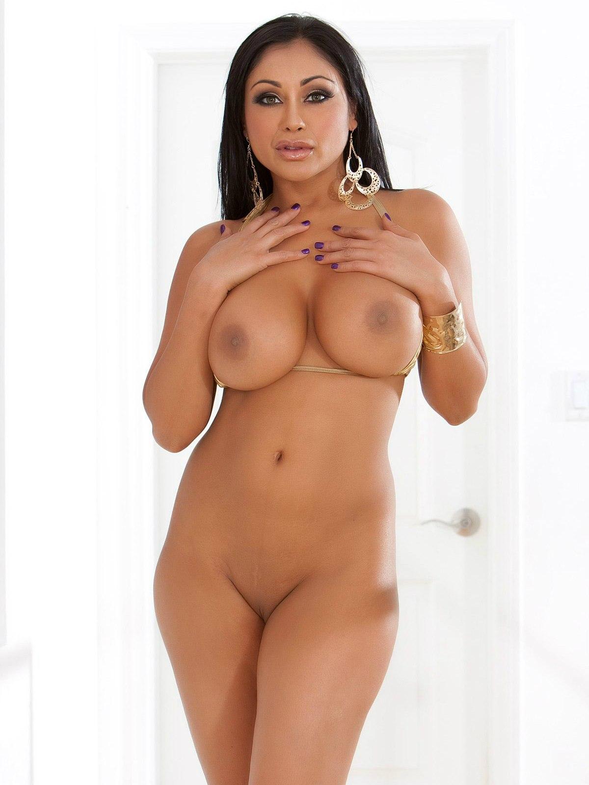 Порно актриса приа рэй все фото фото 647-145