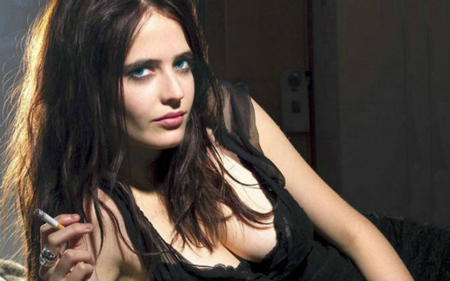 The role of femme fatale Ava Eva Green Hot The Dreamer