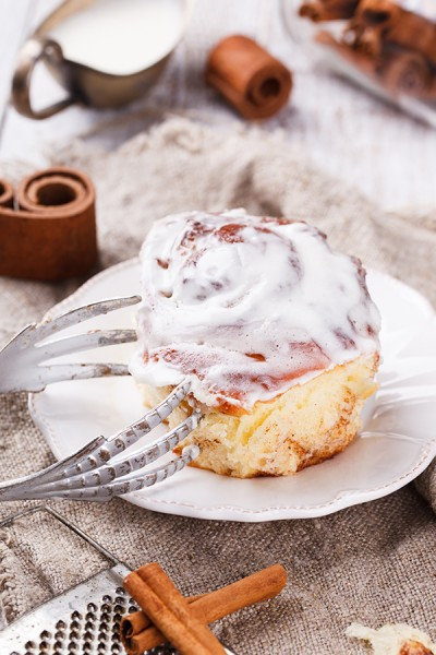 Cinnamon bun frosting lick ass jack gay