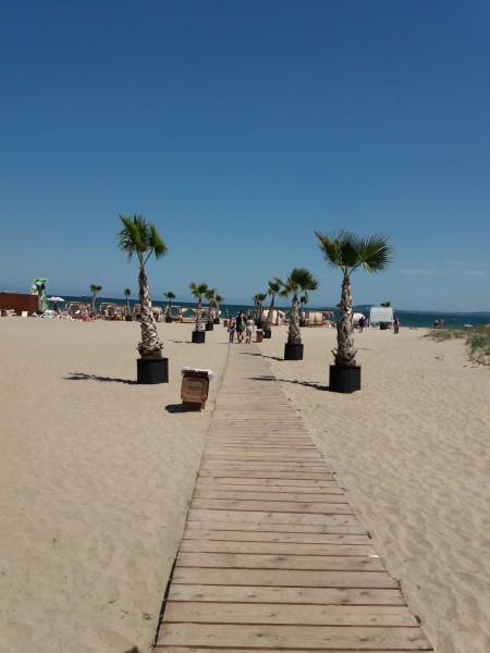 Такой обычный летний день в Болгарии очень, Болгарии, рублей, пляжа, много, проходит, около, Поэтому, другой, работы, После, сегодня, ресторан, концерт, примерно, дороге, Сейчас, можно, особо, както