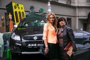 Яффа Олевицки (справа) с помощницей (атташе по культуре посольства Израиля)
