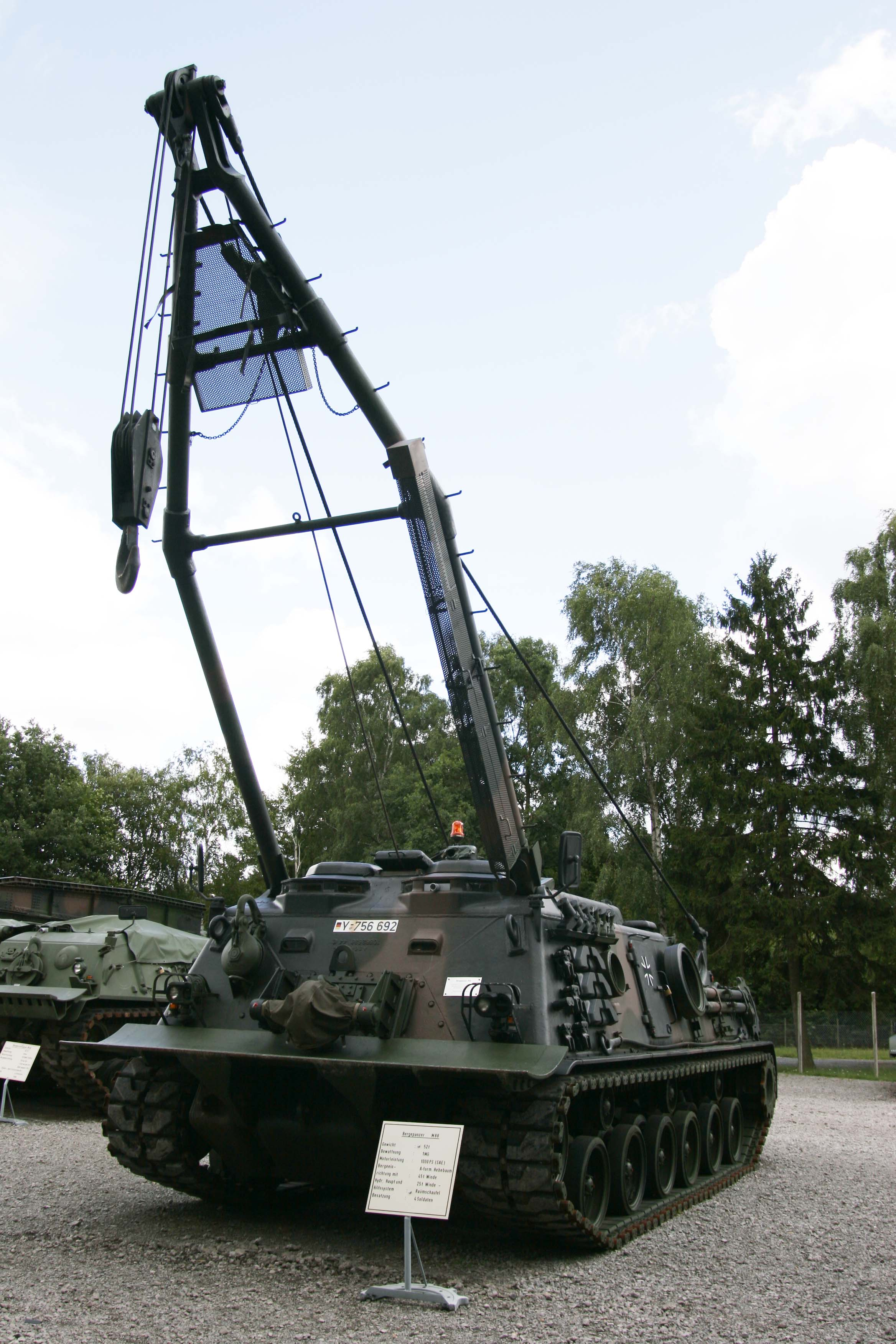 M88_Armored_Recovery_Vehicle_in_pm