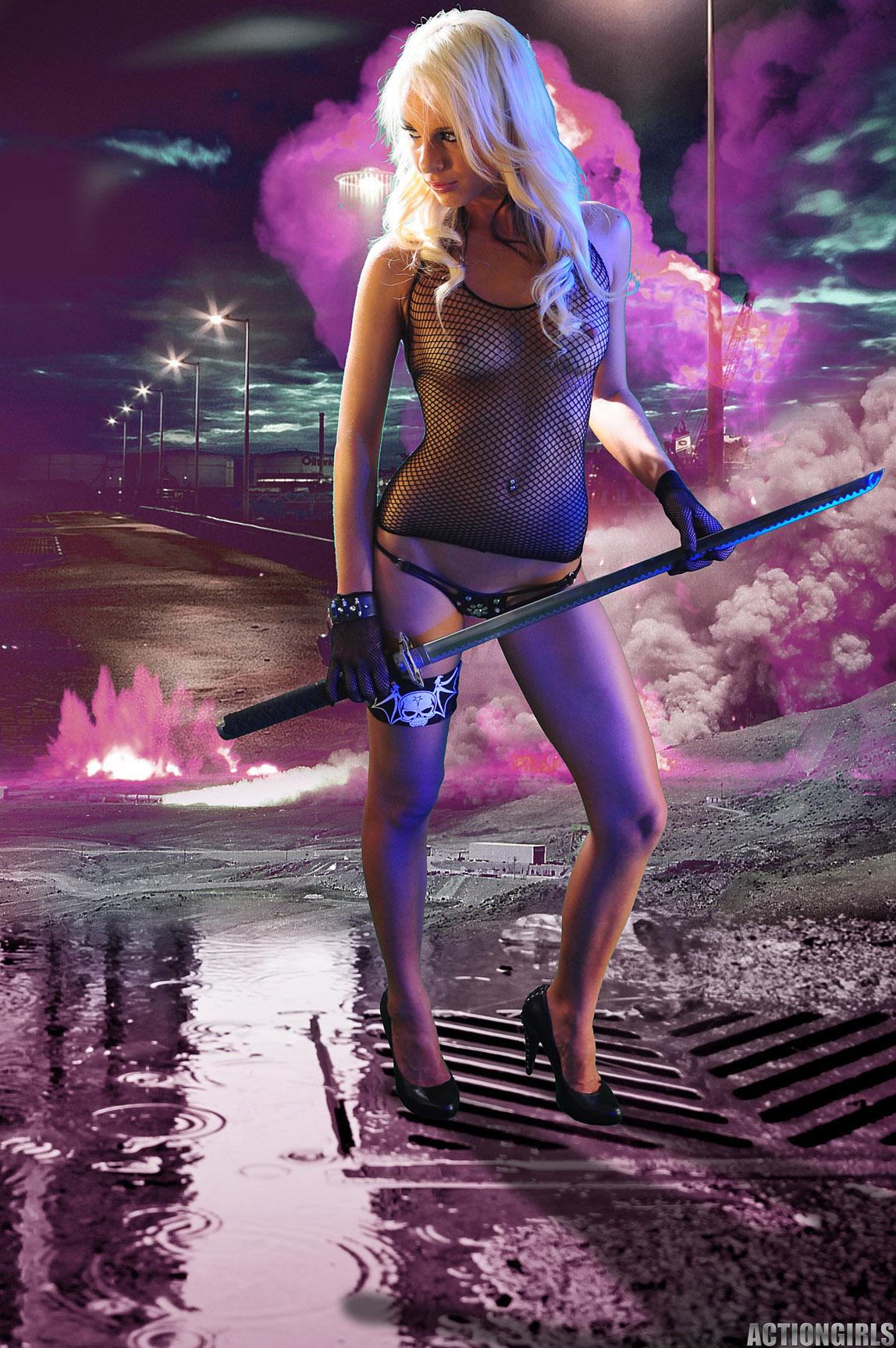 Denise-Girls-With-Swords