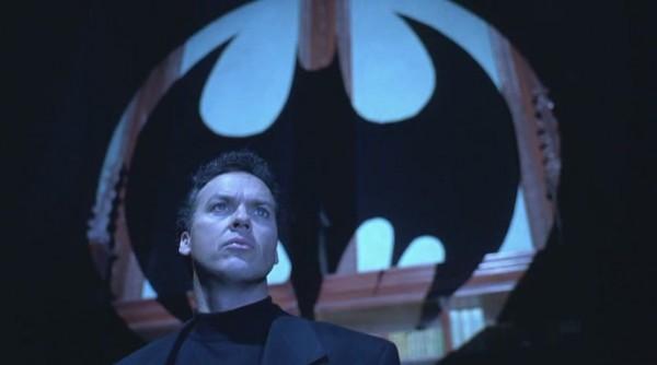 Batman_vozvrazhaetsya_1992_BDRip_by_Dalemake[(019088)17-43-55]