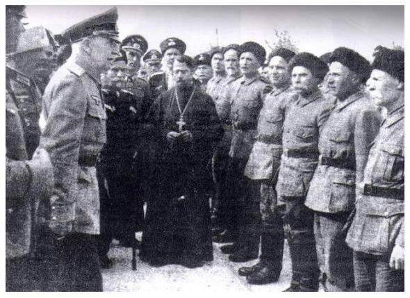 фото казаки на службе Вермахта и казаки под руководством милицейского офицера