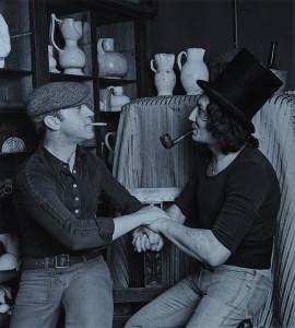 М. Шемякин и В. Высоцкий в мастерской Шемякина (Париж, 1976). Фотография П. Бернара_3