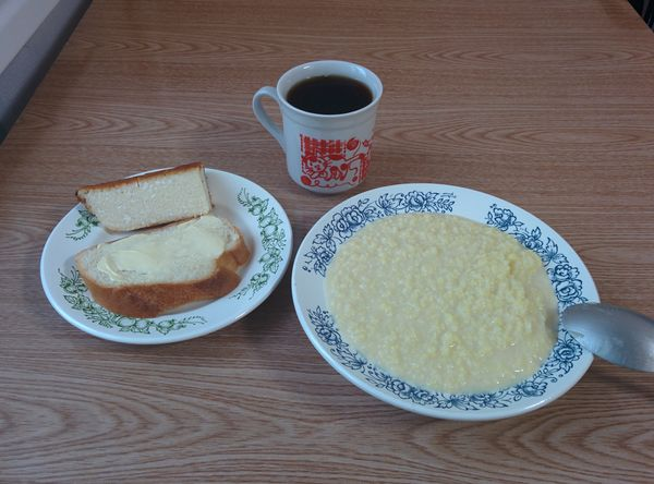 больничный завтрак