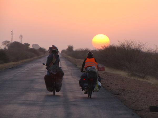 2011-01-29 07-13 o wschodzie slonca znow na kolach