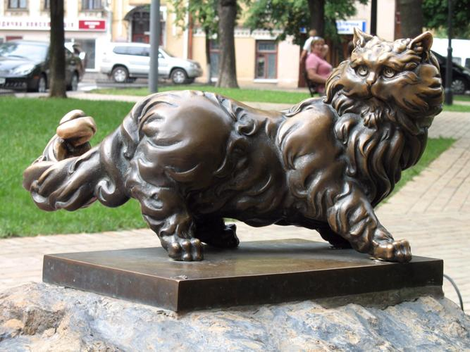 Памятник котику