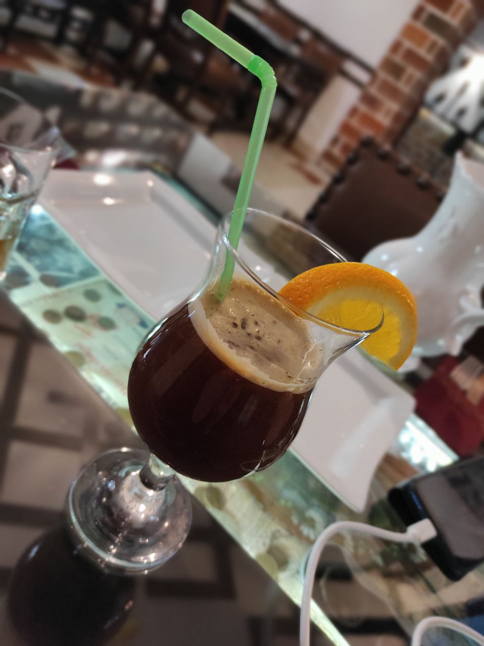 """""""Шмель"""" — кофе с апельсиновым соком и сиропом"""