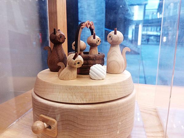 wood_6.jpg