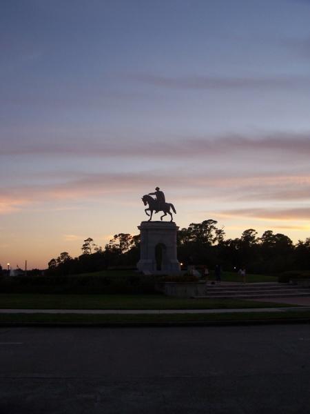M_Sam Houston_monument