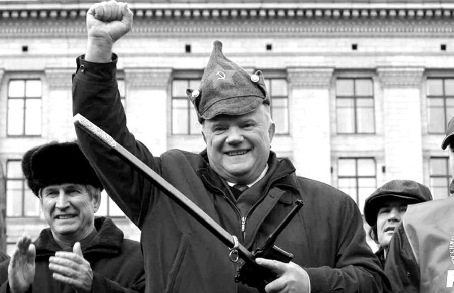 Как легко большевики могут нынче взять власть