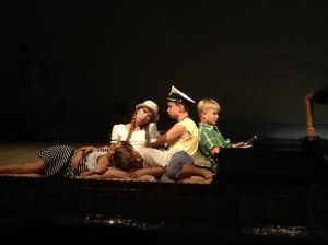 фото с репетиции спектакля в Орленке