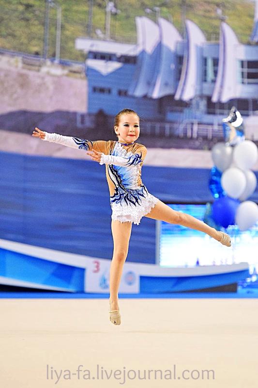 Выступление в Казани 15.05.17 по художественной гимнастике ,Сагдеева Эмилия 14.png