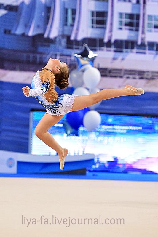 Выступление в Казани 15.05.17 по художественной гимнастике ,Сагдеева Эмилия 20.png