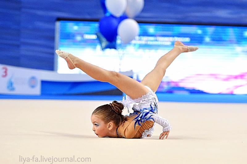 Выступление в Казани 15.05.17 по художественной гимнастике ,Сагдеева Эмилия 28.png