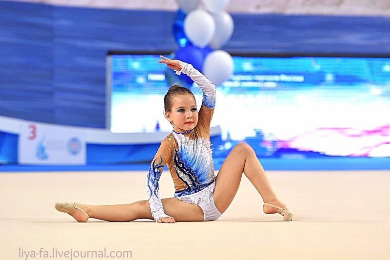 Выступление в Казани 15.05.17 по художественной гимнастике ,Сагдеева Эмилия 32.png
