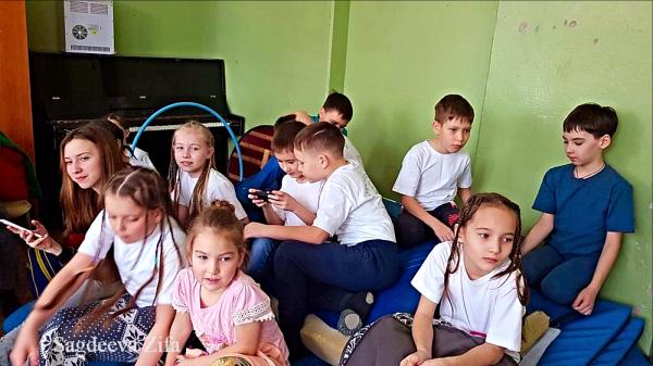 Сагдеева Эмилия Нурлат Подснежники 15.png