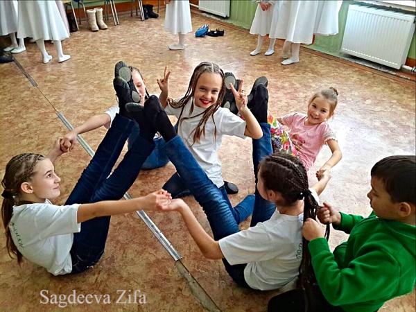 Сагдеева Эмилия Нурлат Подснежники 16.png