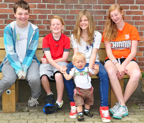 5 Cousins