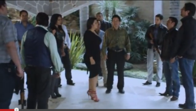 Los empleados de la mafia pelicula completa 2012