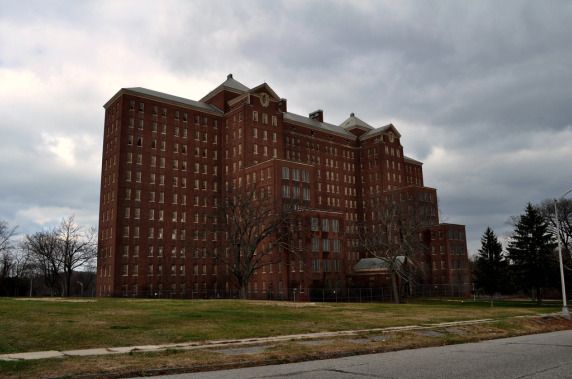 Kings-Park-Psychiatric-Center-Long-Island-New-York-1