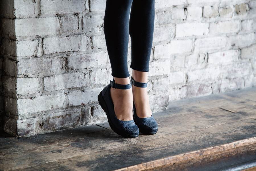 stylish shoes for standing all day