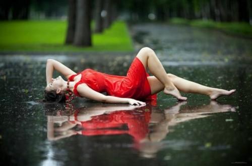 Rainy-Day-Girl