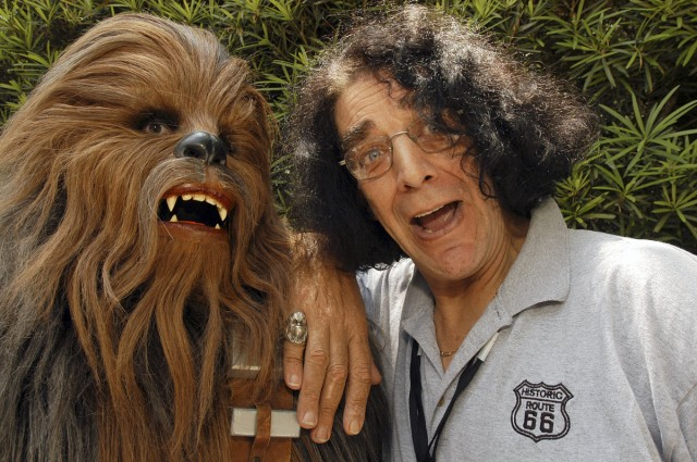 1110_skandal_star-wars_peter-mayhew