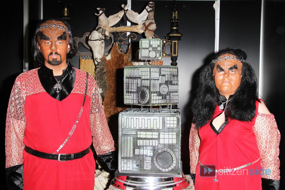 593704-klingon-wedding-img_0457