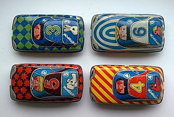 набор советских игрушечных машинок