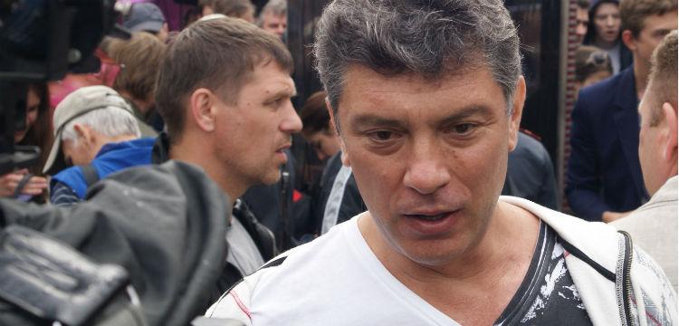 Борис Немцов (1959–2015) был убит 27 февраля 2015 года на Большом Москворецком мосту, в сотне метров от Кремля.
