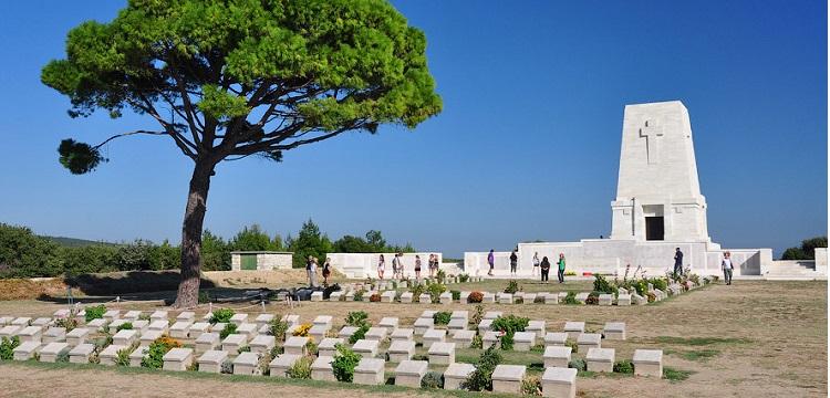 Могилы на турецких пляжах. К 100-летию битвы за Проливы