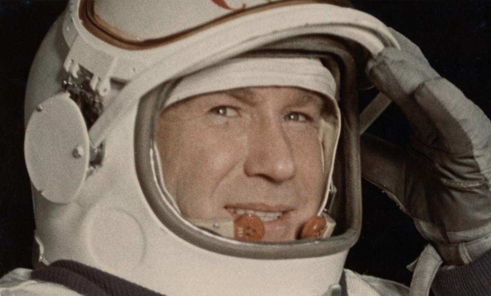 Алексей Леонов на корабле «Восход-2», 1965 год. Фото: East News