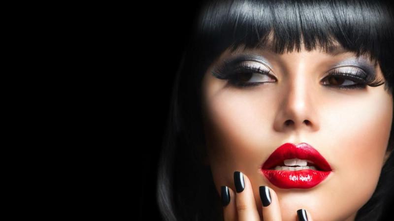 Естественность или яркий макияж?
