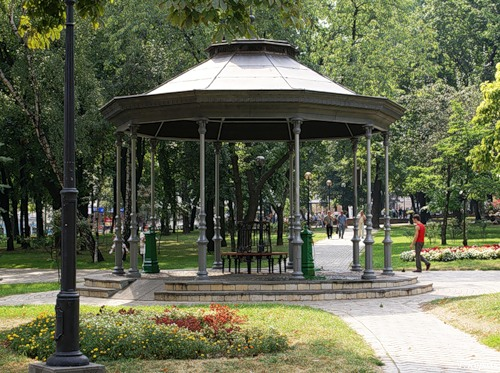 Бювет у парку Шевченка