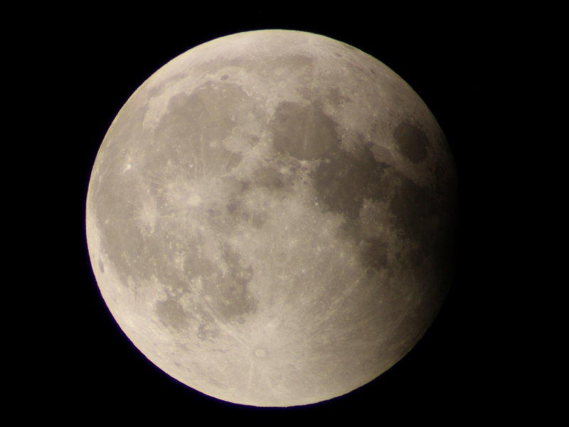 2014-10-08_21-34pm_MoonEclipse_Bratsk