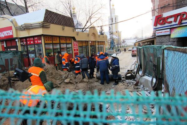Потоп у станции Метро Сокол. 0002eq4p