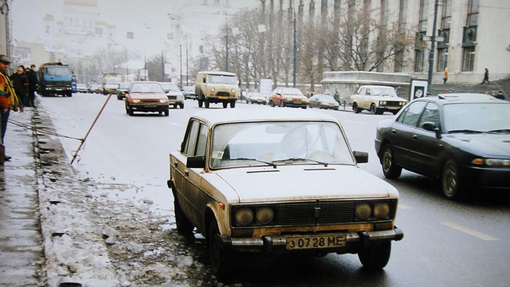 Зима на московских дорогах девяностых