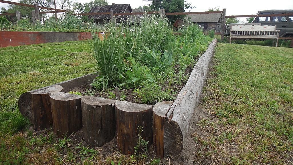 Декор садового участка своими руками из подручных материалов 12