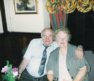 2000-02 - George and Marjorie Piddock at Ivy's 80th