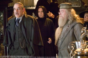 still-of-alan-rickman,-michael-gambon-and-roger-lloyd-pack-in-harry-potter-si-pocalul-de-foc-(2005)