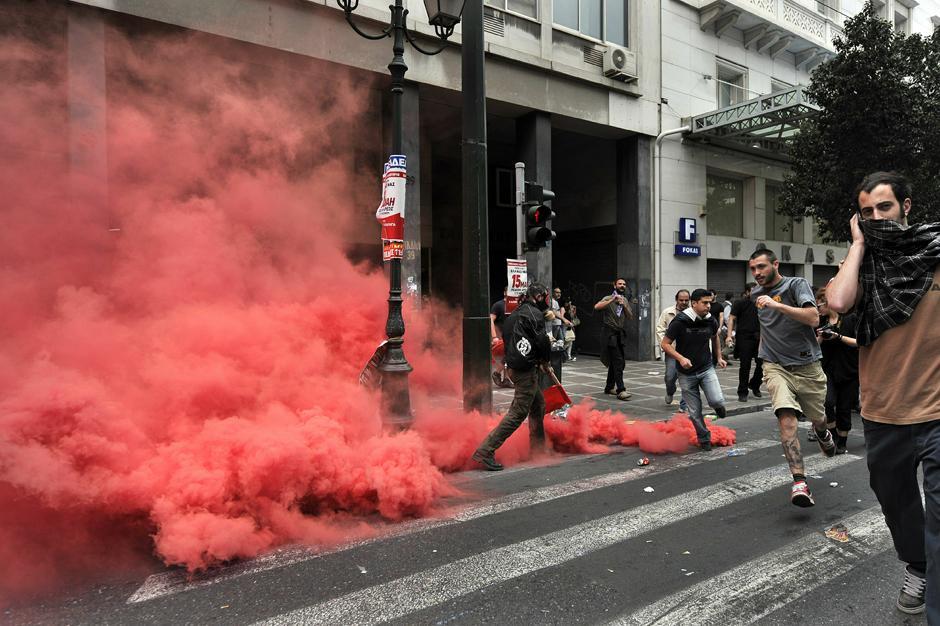 4 Протесты в Греции.