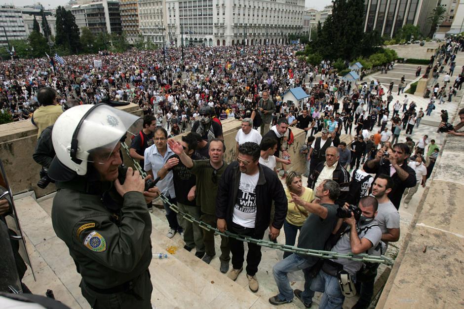 12 Протесты в Греции.