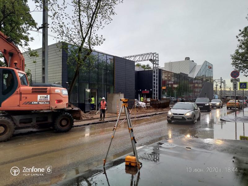13. Платформа Сетунь. Вид на южный выход (к Барвихинской улице). Фото — Владмир Чеснок. 2020 год