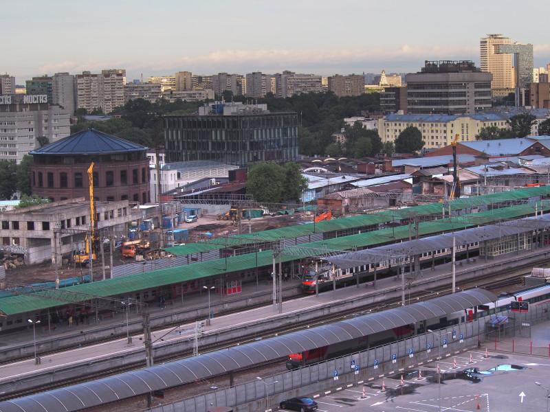 28. Строительство вестибюля и платформ 11-12 на Курском вокзале. Фото — hildfish.livejournal.com. 2020 год