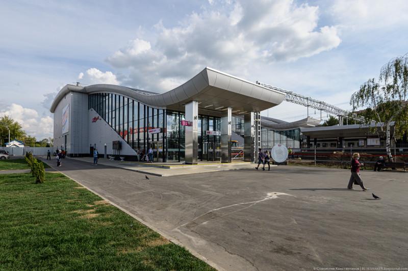 12. Станция Нахабино. Северный выход. Фото — Станислав Константинов. 2020 год.
