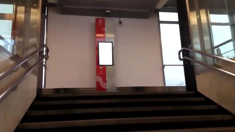 23. Восточный вестибюль станции «Пионерская» после реконструкции. Видео - Улицы Москвы (YouTube). 2019 г.